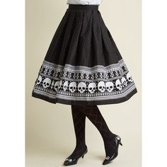 Hell Bunny Happy Skull-idays Midi Skirt (€19) ❤ liked on Polyvore featuring skirts, flared skirts, skater skirt, pattern pleated skirt, flared midi skirt and midi skater skirt