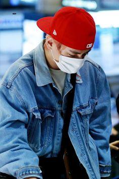 181221 at Airport Daegu, Jung Hoseok, K Pop, Jimin, Seokjin, Wattpad, Kim Taehyung, Bts Boys, Korean Boy Bands
