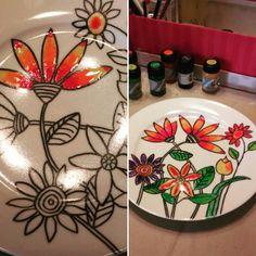 #porcelánfestés #porcelainart #christinaherner #ajándék #festés #painting Plates, Tableware, Painting, Licence Plates, Dishes, Dinnerware, Griddles, Tablewares, Painting Art
