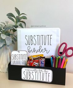 Elementary Classroom Themes, Art Classroom Decor, Classroom Hacks, 4th Grade Classroom, Middle School Classroom, Classroom Setup, Elementary Teacher, Future Classroom, New Teacher Classroom Ideas