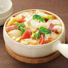 トマトモッツァレラ鍋