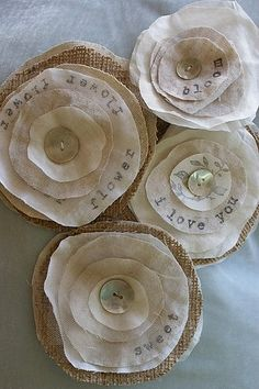 DIY~ Fabric flowers, burlap and muslin : via Etsy Burlap Flowers, Diy Flowers, Fabric Flowers, Paper Flowers, Fabric Scraps, Burlap Fabric, Burlap Crafts, Diy Crafts, Craft Ideas