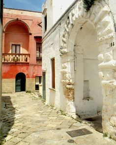 Specchia. So typical (street, buildings, colors...) of Salento, Italy