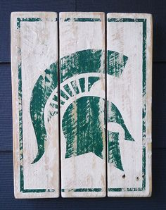 Michigan State, Spartans, Vintage-looking Pallet wood hand made, hand painted sign Fall Pallet Signs, Pallet Art, Fall Signs, Michigan State University, Michigan State Spartans, Old English D, Wood Pallets, Pallet Wood, Msu Spartans