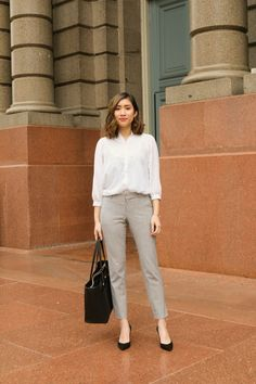 office outfits for petite ladies Smart Casual Outfit, Casual Work Outfits, Mode Outfits, Work Attire, Smart Casual Women Office, Outfit Work, Office Attire, Office Style Women, Simple Office Outfit
