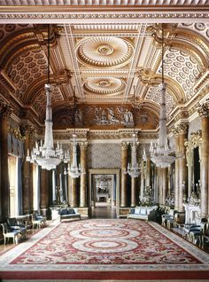 "a-l-ancien-regime: "" The Blue Drawing Room, Buckingham Palace. ©The Royal Collection Her Majesty Queen Elizabeth II, Photographer: Andrew Holt "" Beautiful Architecture, Beautiful Buildings, Architecture Design, Architecture Interiors, Buckingham Palace, Blue Drawings, The Royal Collection, Royal Residence, Classic Interior"