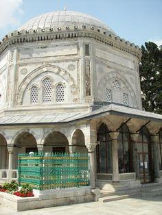 Tumba del sultán Soleiman el Magnifico (Süleymaniye türbesi en turco) #estambul #turquia
