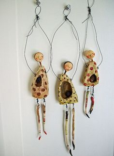 By LolliePatchouli. Could be done using GOURD SCRAPS!  http://christinepaceart.webs.com  -  GOURD ARTIST!