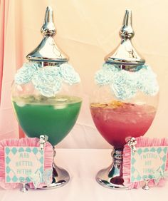 Pretty sure I need to throw one of these: Vintage Alice in Wonderland Tea Party // Hostess with the Mostess®