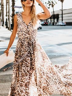 7a649cd27c Bohemian Leopard Print Sleeveless High Slit Large Swing Dress