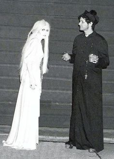 A rarely-seen photograph of Stevie Nicks and Lindsey Buckingham on Halloween!