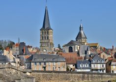 May events in France May Events, Jazz Festival, Spoken Word, Loire, Holiday Ideas, Mansions, House Styles, Building, Manor Houses