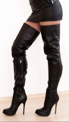 Black high heel thigh boots and miniskirt #blackhighheelsoutfit #highheelbootsandjeans #Kinkythighhighboots
