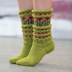Bilderesultat for ull.no sokker Crochet Socks, Knit Or Crochet, Knitting Socks, Free Knitting, Baby Knitting, Knitting Patterns, Green Socks, Patterned Socks, Sock Shoes