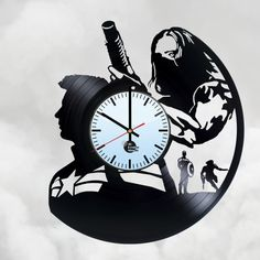 Winter Soldier Captain America Vinyl Record Wall Clock - Get unique home wall decor - Gift ideas for boys and girls – MARVEL COMICS Unique Art Design - Leave us a feedback and win your custom clock Used Vinyl Records, Vinyl Record Clock, Record Wall, Vintage Vinyl Records, Record Crafts, Best Wall Clocks, Handmade Clocks, Wall Clock Online, How To Make Wall Clock