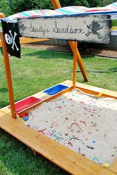 Use a sandbox to create a treasure hunt! #pirate #party