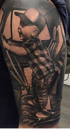 My baby boy William I would love a tattoo like this of him Meu bebê William, eu adoraria uma tatuagem como essa dele Tattoos For Baby Boy, Baby Feet Tattoos, Daddy Tattoos, Baby Name Tattoos, Tattoo For Son, Family Tattoos, Body Art Tattoos, Half Sleeve Tattoo Stencils, Tattoo Sleeve Designs