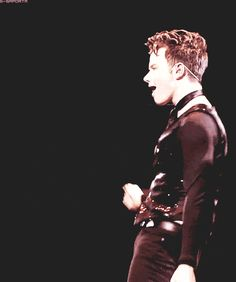 Chris Colfe Single Ladies Glee Live 2011