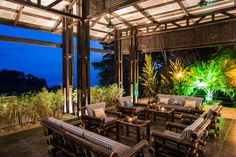Guest lounge @ Tikivillas Rainforest Lodge, Costa Rica
