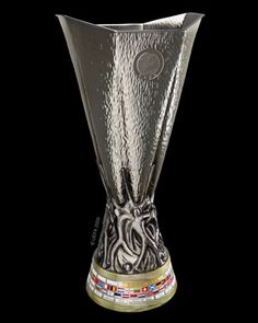 UEFA Europa League (Europe) Trophies And Medals, Sports Trophies, Football Trophies, Football Kits, Manchester United Football, Europa League, Real Madrid, Arsenal, Finals