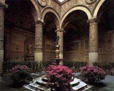 MICHELOZZO DI BARTOLOMEO Palazzo Medici Riccardi: Courtyard 1445-60 Photo Via Camillo Cavour, Florence