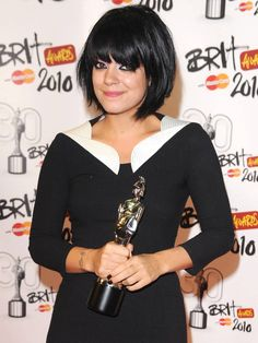 So British, so cute! This photo of Lily Allen is from http://www.posh24.com