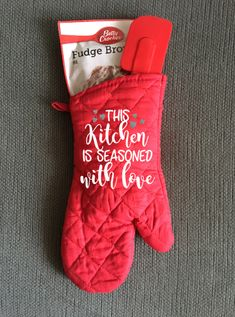 Personalized Kitchen Oven Mitt, This Kitchen Is Seasoned With Love, Gift  Set, Kitchen