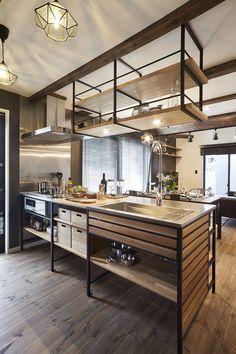 Industrial Kitchen Design, Rustic Kitchen, Interior Design Kitchen, Kitchen Dining, Kitchen Sets, Home Decor Kitchen, Home Kitchens, Mountain House Decor, Concrete Kitchen