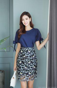 Korean Women`s Fashion Shopping Mall, Styleonme. Korean Girl Fashion, Cute Fashion, Womens Fashion, Girls Fashion Clothes, Fashion Dresses, Clothes For Women, Elegantes Outfit, Mode Hijab, Korean Women