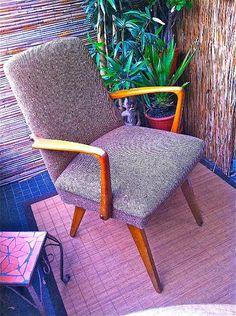 Fünfziger Jahre Sessel , Cocktailsessel mit Holzlehne