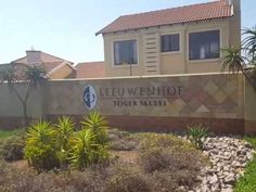 Video of Fully Furnished Self-Catering Apartment To Let in Leeuwenhof Es. Holiday Accommodation, Catering, World, Outdoor Decor, Gastronomia, Peace, The World