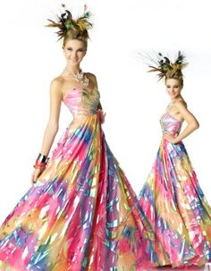 Confused which color to choose for your wedding? Well why don't you celebrate your wedding with a color splash! There is a growing interest on having a Rainbow wedding theme. From flowers, bridesmaids rainbow. Tacky Wedding, Casual Wedding, Rainbow Outfit, Rainbow Fashion, Ball Gown Dresses, Prom Dresses, Wedding Dresses, Evening Dresses, Formal Dresses