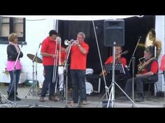Mellow Jazz from Phoenix Jazz Band at Ricky Festival Batchworth 22.05.11 - they'll be back again in 2013