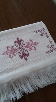 Kanaviçe Pot Holders, Napkins, Tableware, Dinnerware, Hot Pads, Potholders, Dinner Napkins, Tablewares, Napkin
