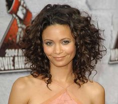 Have #curly #hair? Put lots of layers in your mid-length cut to keep the volume on top.