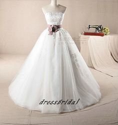 2013 Custom Handmade Cheap Vintage New Arrival White/Ivory Tulle Appliques Sash Lace up Ball Wedding Dress Bridal Gown Gowns