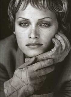 Idée Maquillage 2018 / 2019 : Amber Valletta by Peter Lindbergh 1993