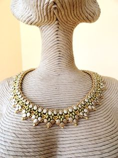 * paso a paso tutorial collar Tifaine : Collier par perles-des-caraibes