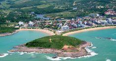 Apesar de menos urbanizadas do que as praias de Vitória e Vila Velha, as praias de Guarapari e Mangu...