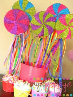 I'm sure I can diy these...Eye popping color for candyland party favors or centerpieces - Lollipop Wands