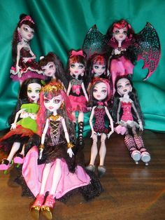Draculaura Collection July 2013 by revenge-is-sweet17 on DeviantArt