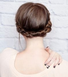 TheCoolest+Updo+Ideas+for+Short+Hair+via+@byrdiebeauty