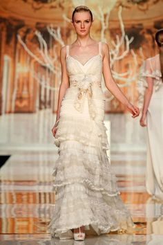 Mexico wedding dress (YolanCris 2014) Ethereal Evanescence - New bridal collection -  Barcelona Bridal Week