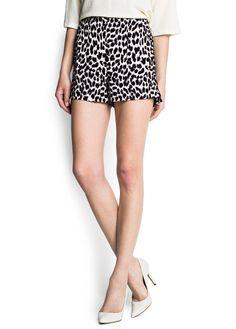 MANGO - NEW - Leopard print shorts