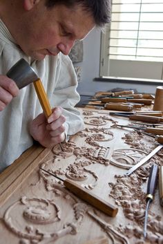 Grinling Gibbons Wood Carving | ... WOODCARVING | GRINLING GIBBONS style of carving | Foliage Carving