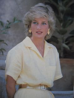 Diana Photos page 1 - RoyalDish is a forum for discussing royalty. The Danish and British Royal Families in particular, so get your snark on! Princess Diana Fashion, Princess Diana Family, Royal Princess, Princess Of Wales, Lady Diana Spencer, Most Beautiful Women, Beautiful People, Tv Star, Mode Ootd
