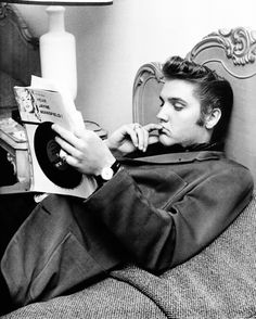vintagegal: Elvis at the Knickerbocker Hotel, 1956 by photographer Ed Braslaff (…not being totally sure that he wants to hear Jayn...