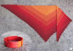 Háčkovaný šátek a polymerový náramek z rukou Věrky Šulcové pro měsíc listopad.