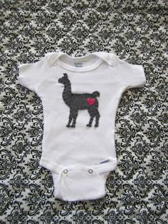 Knitting Patterns Onesie Custom Felt Llama Baby Onesie by TheAfricanLlama Babies R, Cute Babies, Baby Kids, Applique Onesie, Felt Applique, Llama Peruana, Baby Boy Shower, Baby Shower Gifts, Baby Llama