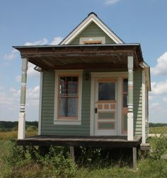 Tiny Texas Houses, Tiny House Cabin, Tiny Houses For Sale, Little Houses, Victorian House Plans, Victorian Cottage, Victorian Homes, Backyard Office, Micro House